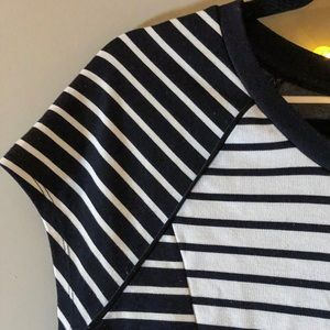 Tops - Cute thick knit structured tee, black & white